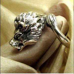 STUNNING fierce lion ring